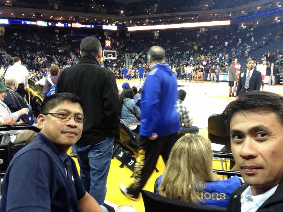 <div class='meta'><div class='origin-logo' data-origin='none'></div><span class='caption-text' data-credit='Photo submitted by Ricky/Facebook'>Golden State Warriors fans are showing off their team pride. Send your fan photos to uReport@kgo-tv.com!</span></div>
