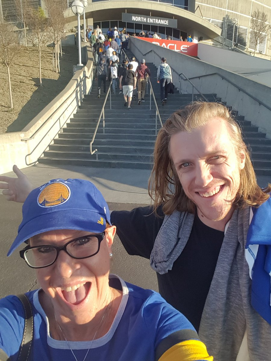 <div class='meta'><div class='origin-logo' data-origin='none'></div><span class='caption-text' data-credit='Photo submitted to KGO-TV by tinckerbellblue/Twitter'>Warriors fans show their spirit during the 2017-2018 season. Share your photos using #DubsOn7 and you may see them online or on TV!</span></div>