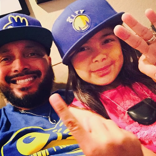 <div class='meta'><div class='origin-logo' data-origin='none'></div><span class='caption-text' data-credit='Photo submitted to KGO-TV by kanahe_espaniola/Instagram'>This father and daughter both love the Warriors. Tag your photos on Facebook, Twitter, Google Plus, or Instagram using #DubsOn7.</span></div>
