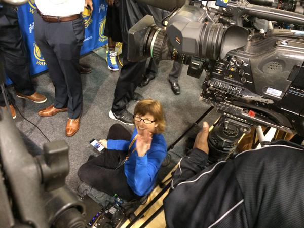 <div class='meta'><div class='origin-logo' data-origin='none'></div><span class='caption-text' data-credit='KGO-TV'>ABC7 News reporter Laura Anthony is tweeting from the ground floor ahead of Game 1 of the NBA Playoff Finals Thursday, June 4, 2015.</span></div>