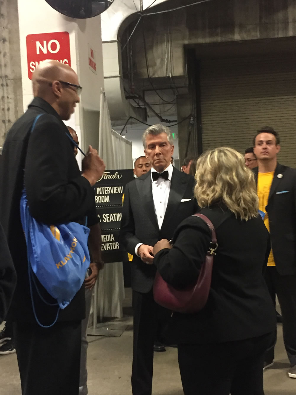 "<div class=""meta image-caption""><div class=""origin-logo origin-image none""><span>none</span></div><span class=""caption-text"">Klay Thompson's dad Mychal and legendary ringside announcer Michael Buffer are seen off court at the NBA Finals before game 1 on Thursday, June 4, 2017 in Oakland, Calif. (KGO-TV)</span></div>"