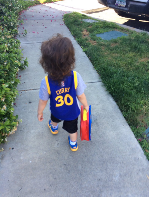 <div class='meta'><div class='origin-logo' data-origin='none'></div><span class='caption-text' data-credit='Christina Sanchez/Twitter'>#DubNation we want to see your pride! Tag pics #DubsOn7. http://abc7news.com/warriors/</span></div>