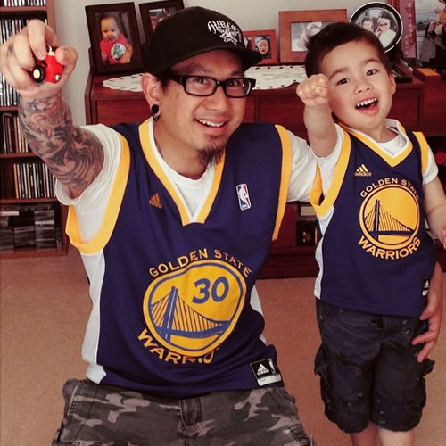<div class='meta'><div class='origin-logo' data-origin='none'></div><span class='caption-text' data-credit='Photo submitted to KGO-TV by odiggy711/Instagram'>This father-son duo is ready to cheer on the Dubs! Tag your photos on Facebook, Twitter, Google Plus or Instagram using #DubsOn7.</span></div>
