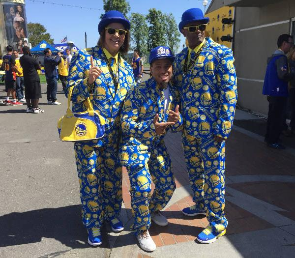 <div class='meta'><div class='origin-logo' data-origin='none'></div><span class='caption-text' data-credit='KGO-TV'>Three Golden State Warriors are seen outside of Oracle Arena in Oakland, Calif. ahead of Game 5 on Monday, June 12, 2017.</span></div>