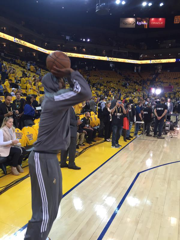 <div class='meta'><div class='origin-logo' data-origin='none'></div><span class='caption-text' data-credit='KGO-TV'>JR &#34;Swish&#34; warms up before Game 5 of the NBA Finals on Sunday, June 14, 2015 in Oakland, Calif.</span></div>