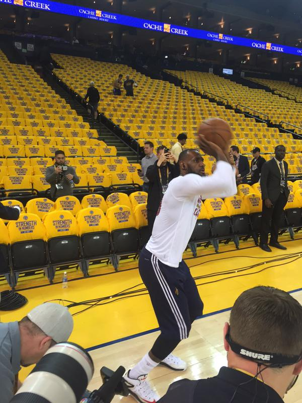 <div class='meta'><div class='origin-logo' data-origin='none'></div><span class='caption-text' data-credit=''>Cavaliers' LeBron James warms up before Game 5 of the NBA Finals on Sunday, June 14, 2015 in Oakland, Calif.</span></div>