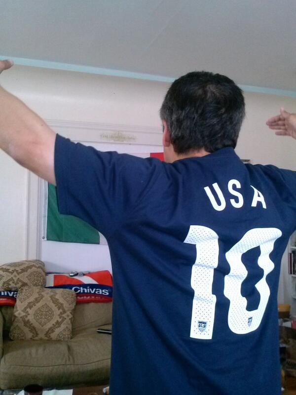 GO USA! World Cup celebrations are happening all around the Bay Area. Send your fan photos to uReport@kgo-tv.com! <span class=meta>(photo submitted by @KingAztec2027 via Twitter)</span>