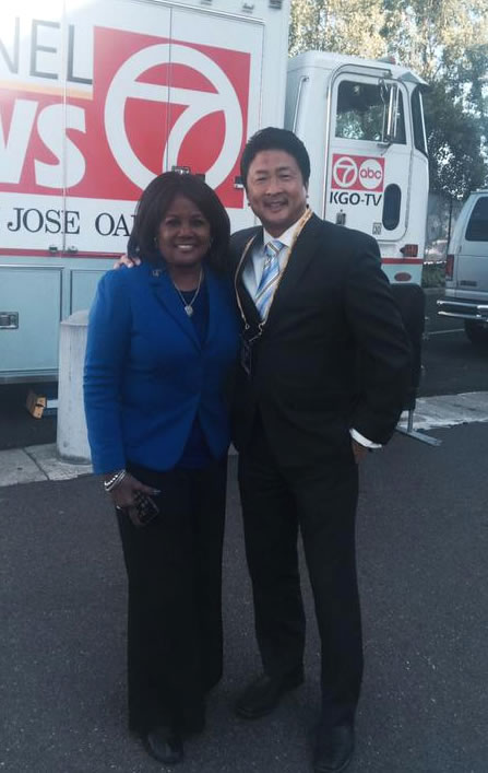 <div class='meta'><div class='origin-logo' data-origin='none'></div><span class='caption-text' data-credit=''>Here is ABC7 News reporters Carolyn Tyler and Alan Wang outside Oracle Arena on June 16, 2015. (KGO-TV)</span></div>