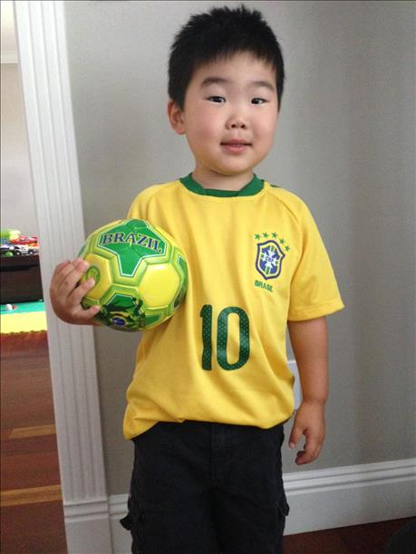 <div class='meta'><div class='origin-logo' data-origin='~ORIGIN~'></div><span class='caption-text' data-credit='photo submitted via uReport'>3-year-old Charlie from Los Altos is all ready for the games!  World Cup celebrations are happening all around the Bay Area.  Send your photos to uReport@kgo-tv.com</span></div>