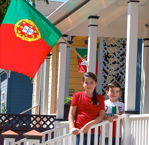 The Silva family supports team Portugal!  Keep sending in your World Cup fan photos! <span class=meta>photo submitted by ccorreia via uReport</span>