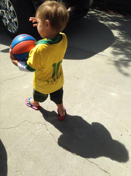 Go Brazil! Keep sending in your World Cup fan photos! <span class=meta>photo submitted via uReport</span>