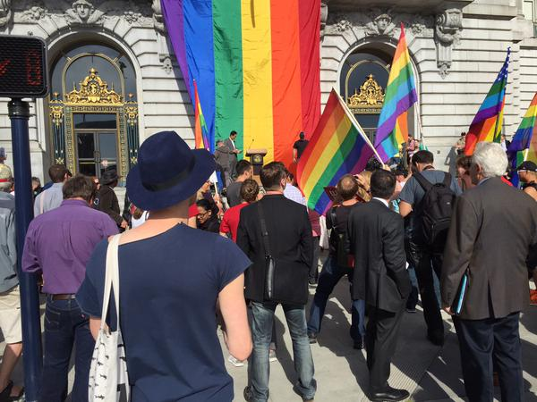 """<div class=""""meta image-caption""""><div class=""""origin-logo origin-image none""""><span>none</span></div><span class=""""caption-text"""">Crowds start to gather at San Francisco's City Hall for Mayor Ed Lee's Presser on SCOTUS ruling on same sex marriages on Friday, June 26, 2015. (KGO-TV)</span></div>"""