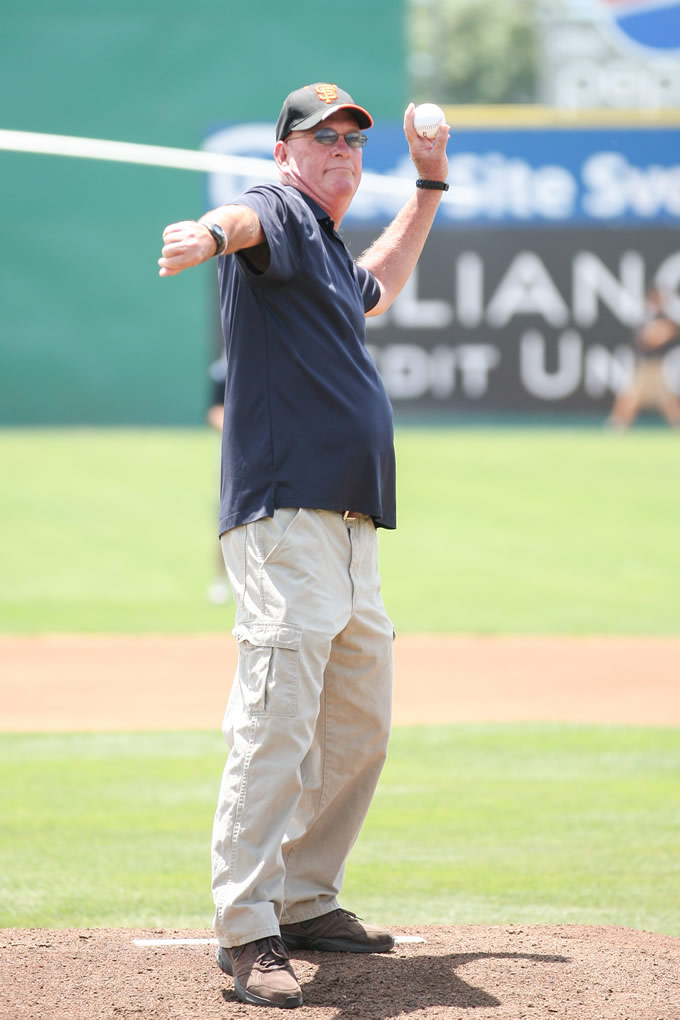 "<div class=""meta image-caption""><div class=""origin-logo origin-image none""><span>none</span></div><span class=""caption-text"">Fallen Officer Michael Johnson's father, Dan, throws out the ceremonial first pitch ahead of a San Jose Giants game in San Jose, Calif. on June 28, 2015. (Tim Cattera/San Jose Giants)</span></div>"
