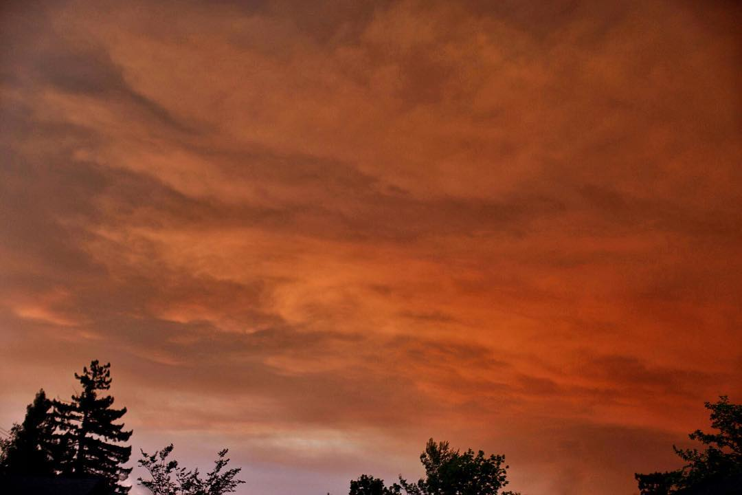 <div class='meta'><div class='origin-logo' data-origin='none'></div><span class='caption-text' data-credit='Photo submitted to KGO-TV by rachelhairstonphotography/Instagram'>The Bay Area sky was bathed in an orange glow on Saturday, June 30, 2018 and Sunday, July 1, 2018.</span></div>