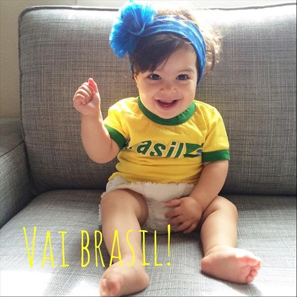 Baby Olivia cheers on Brazil!  Keep sending in your World Cup fan photos! <span class=meta>(photo submitted by pitanga via uReport)</span>