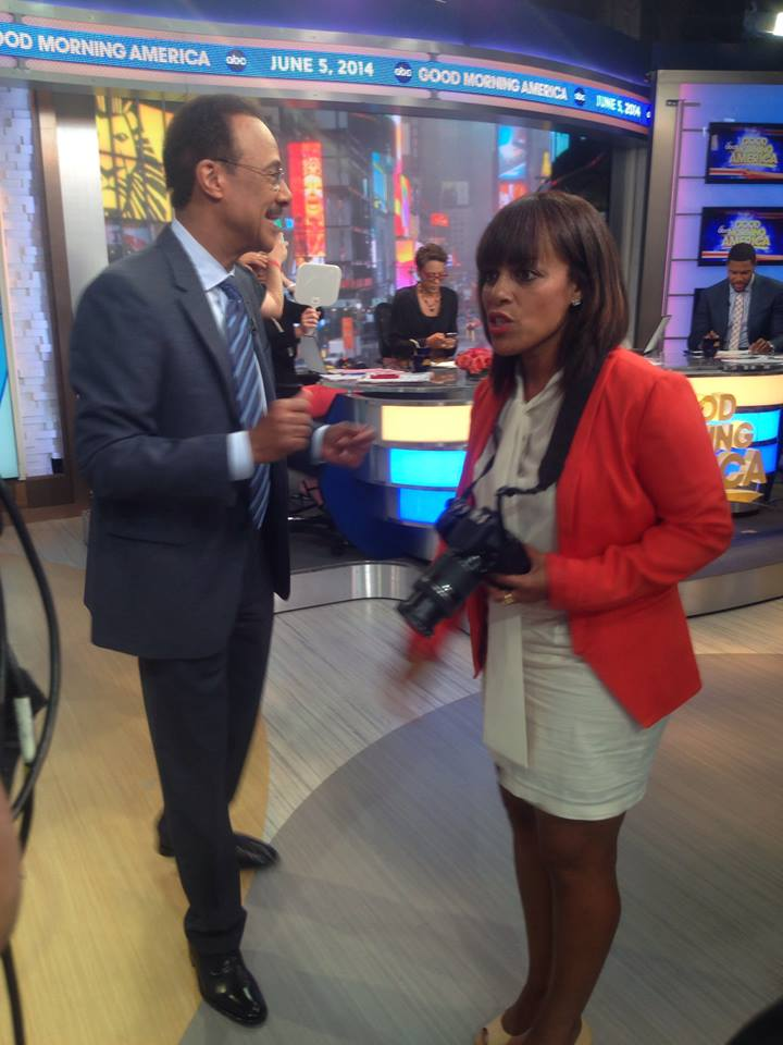 Behind the scenes as ABC7&#39;s Spencer Christian makes a guest appearance on GMA in New York. <span class=meta>(Photo courtesy of Days With Zarah via Facebook)</span>