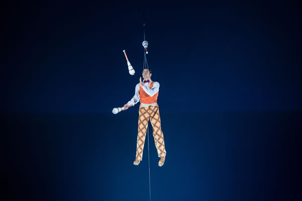 <span class=meta>(Photo: Martin Girard&#47;shootstudio.ca, Costumes: Philippe Guillotel  &copy; 2014 Cirque du Soleil)</span>