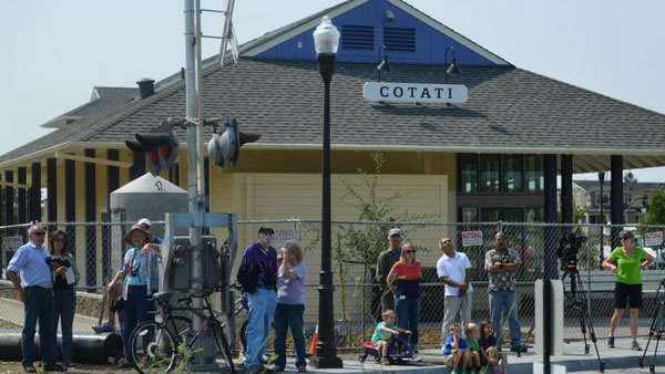 Cotati stood by to watch the show. <span class=meta>Wayne Freedman/ABC7 News</span>