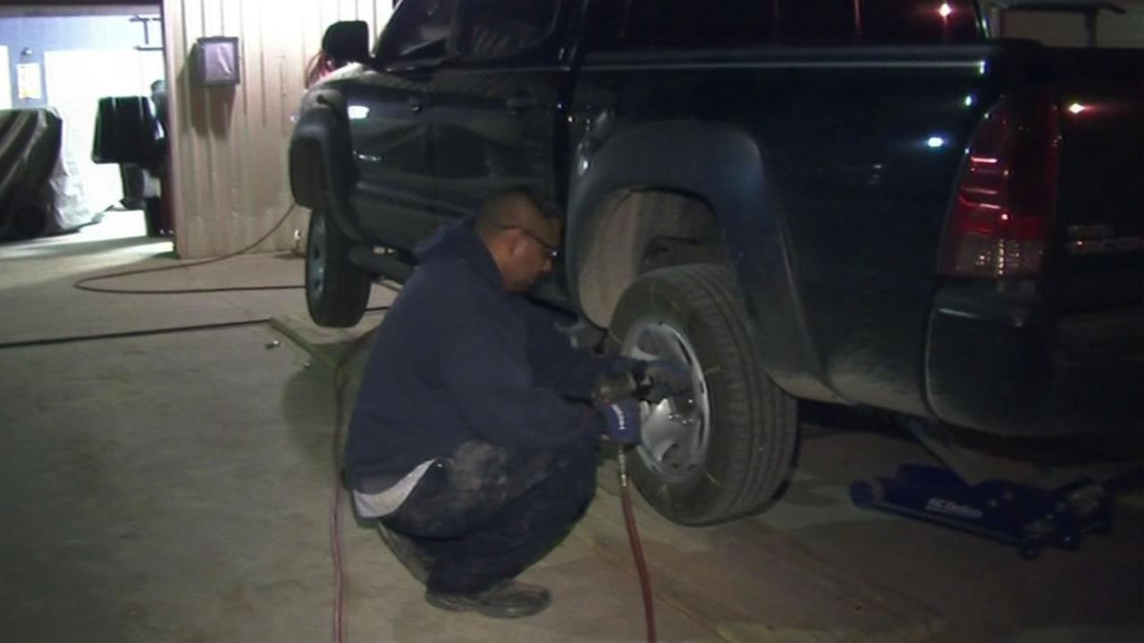 Consumer Reports tests tire companies claims about tire wear.