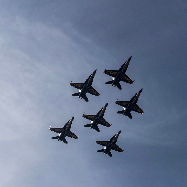 <div class='meta'><div class='origin-logo' data-origin='none'></div><span class='caption-text' data-credit='@SBUX75DEVILDOG/Twitter'>The Navy's Blue Angels are seen flying over the San Francisco Bay during the Air Show on Oct. 7, 2016. Tag your photos #abc7now for a chance to be featured.</span></div>