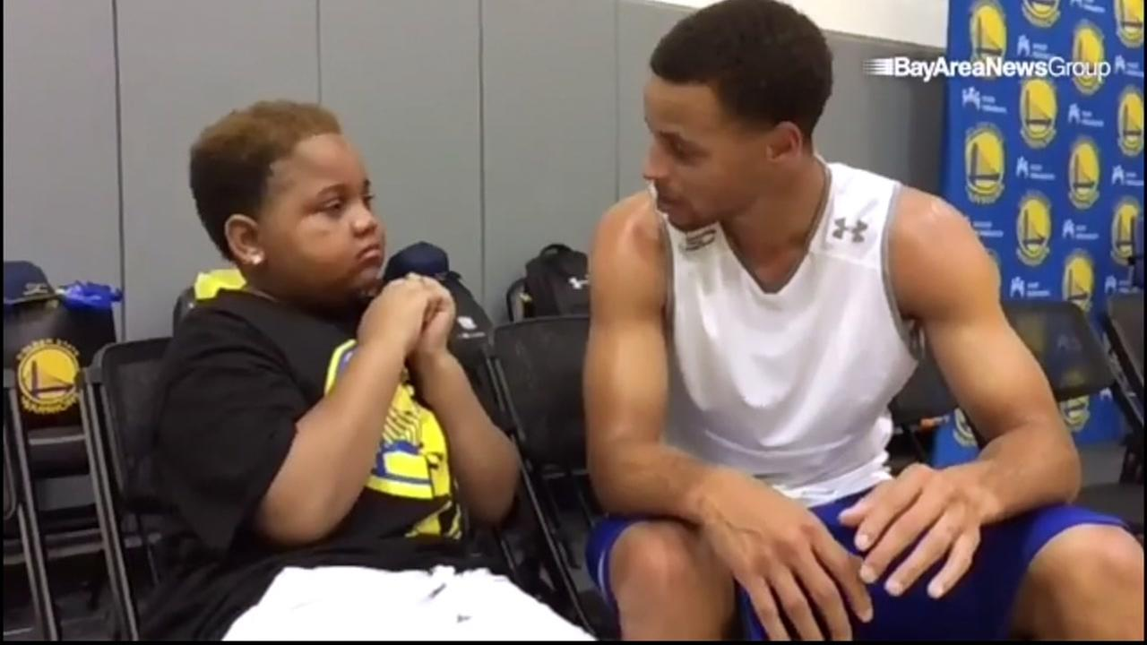 Our media partner the San Jose Mercury News reports that Golden State Warriors star Steph Curry met up with a 10-year-old boy with cancer in Oakland, Calif. on September 25, 2015.