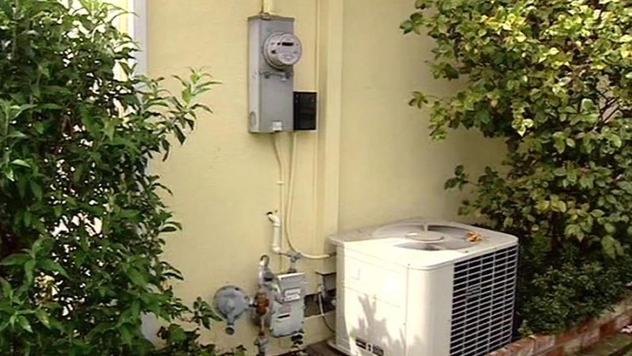 SmartMeter on the side of a home
