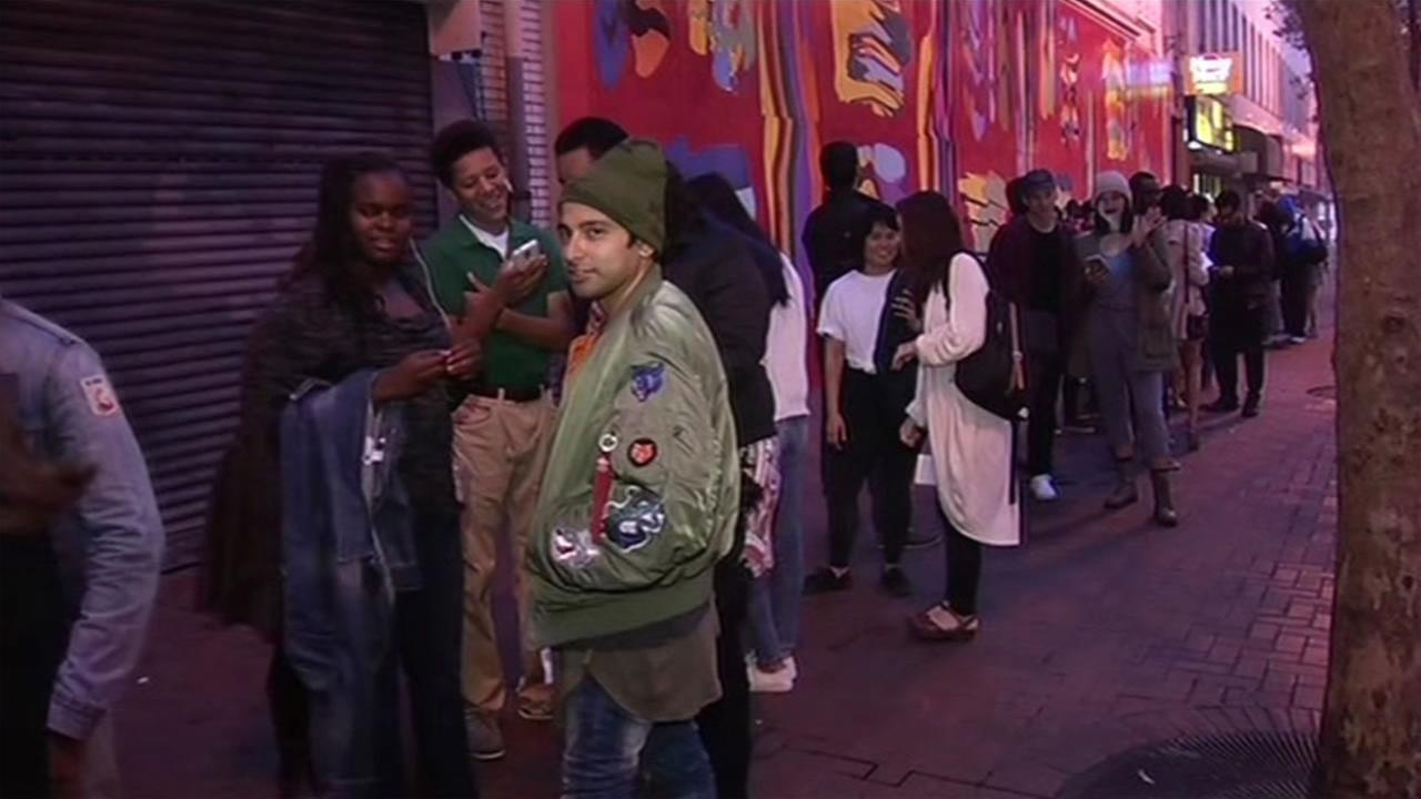 Dozens lined up outside of the Warfield Theater in San Francisco for a DNC fundraiser featuring President Obama and Kanye West, Oct 10, 2015.