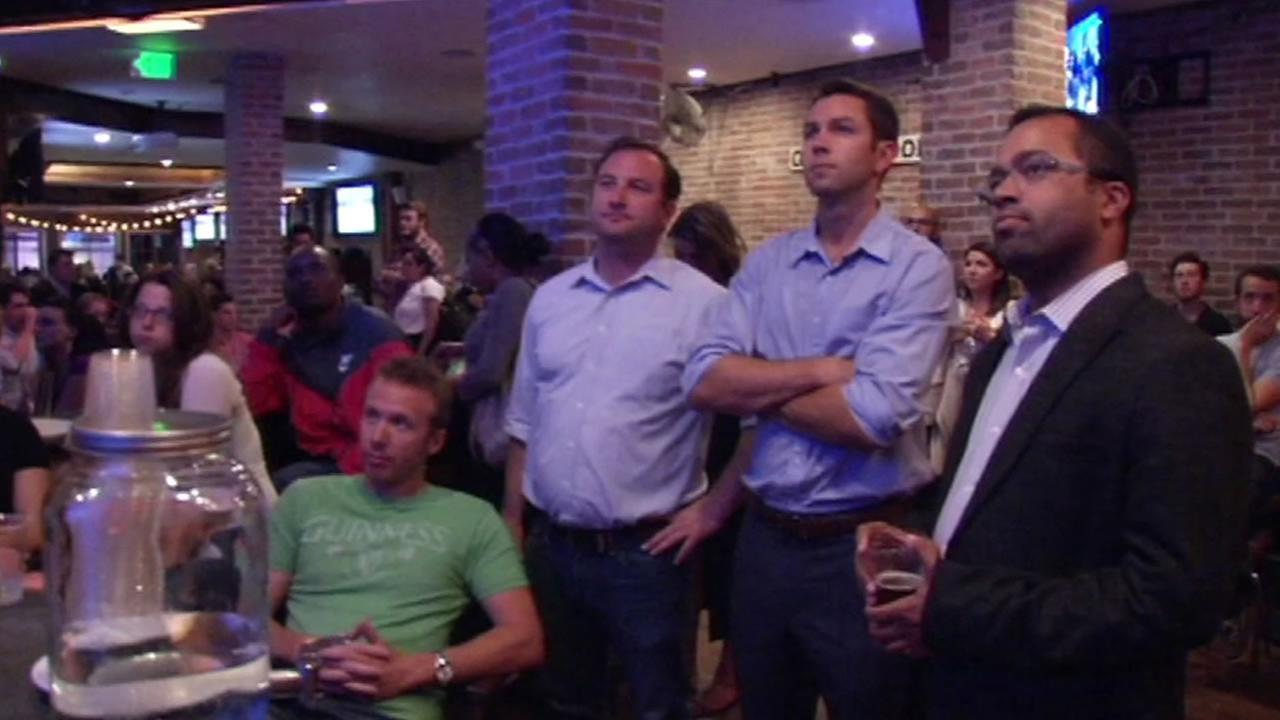 A group of Democrats gathered inside a bar in San Franciscos Marin District to watch the first Democratic presidential debates, Oct. 13, 2015.