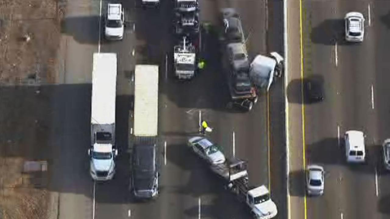 multi-vehicle accident on NB I-880 in Oakland