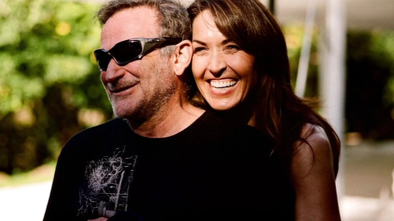 This undated image shows Robin and Susan Williams.