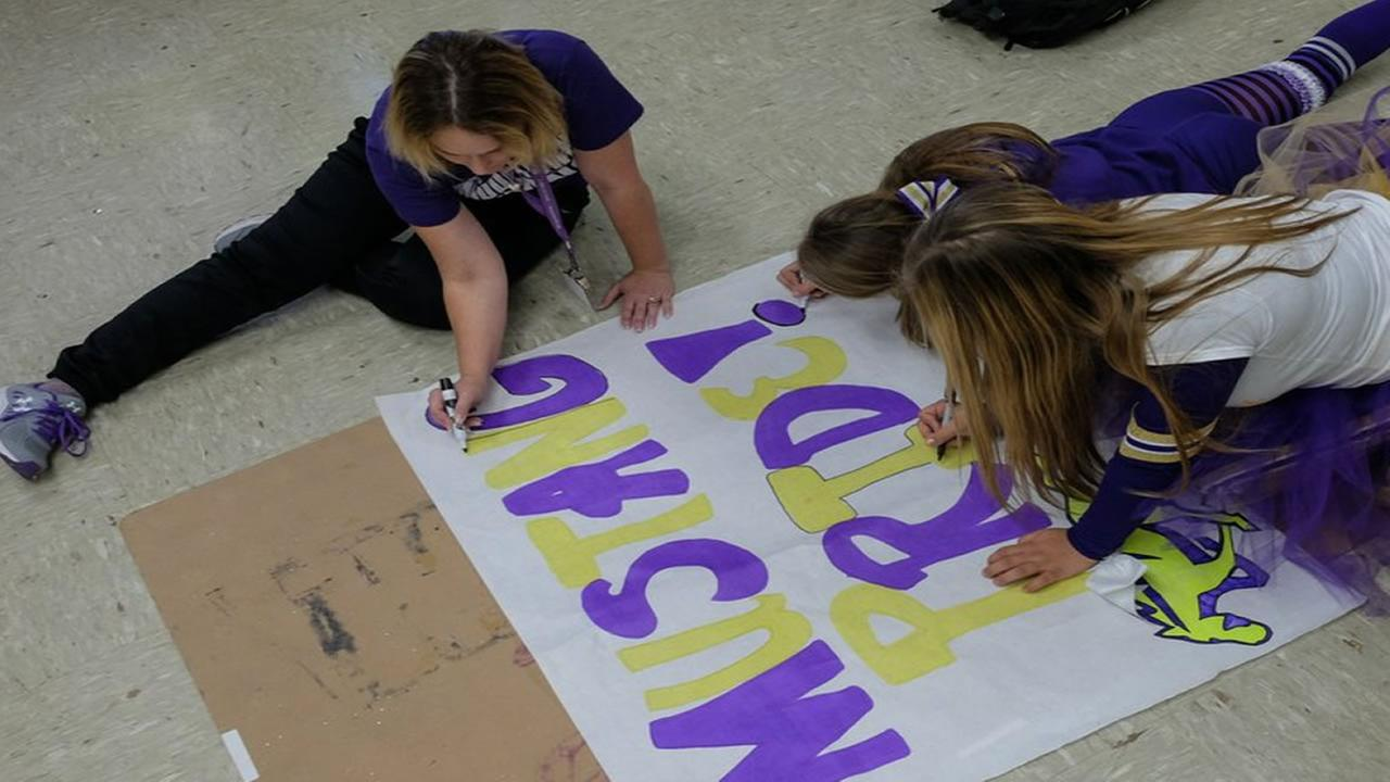 Middletown students prepare for the high schools homecoming Nov. 6, 2015 that was delayed due to the Valley Fire.