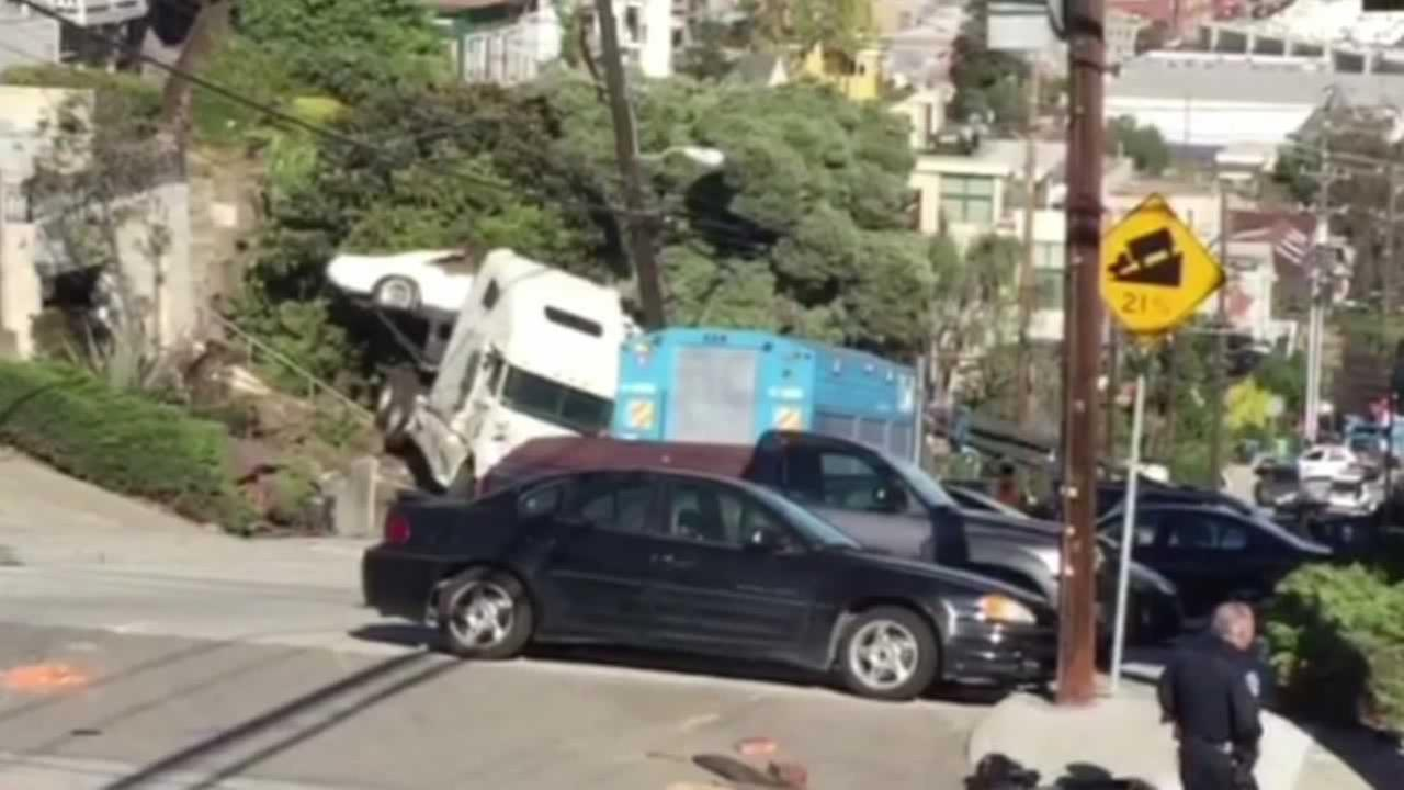 A big rig crashed into a power pole at De Haro and 20th streets in San Franciscos Portrero Hill neighborhood on Tuesday, November 10, 2015.