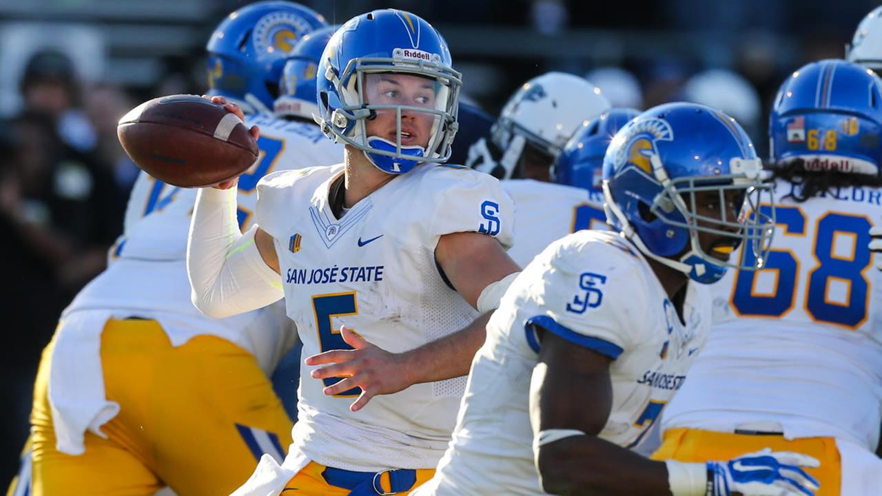 San Jose States Kenny Potter (5) prepares to pass in an NCAA college football game against Nevada in Reno, Nev., Saturday, Nov. 14, 2015.