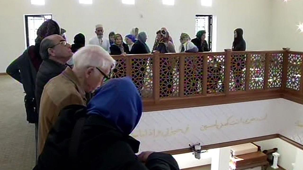 senior citizens visit the Anjuman-e-Jamali Mosque in Palo Alto