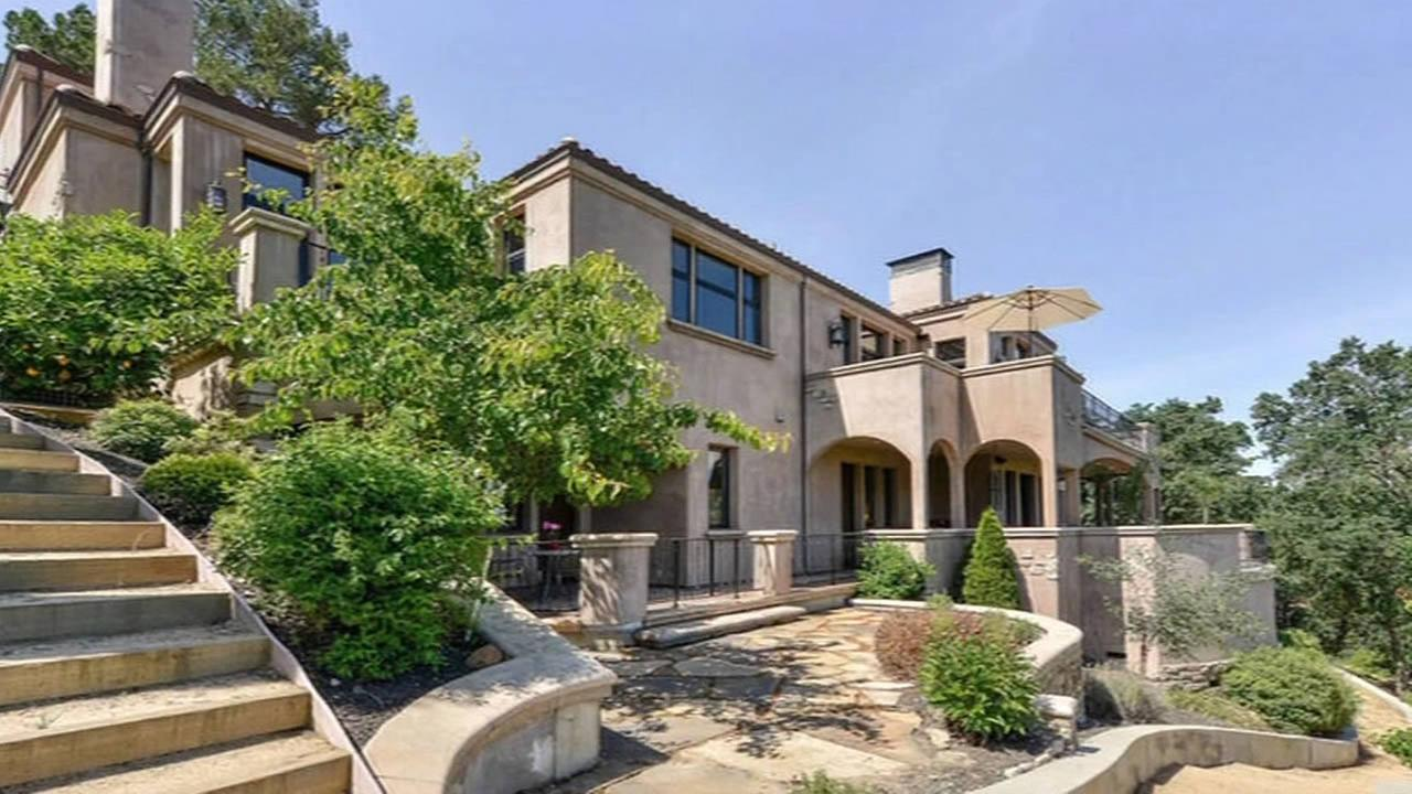 Steph Currys $3.2 million mansion in Walnut Creek