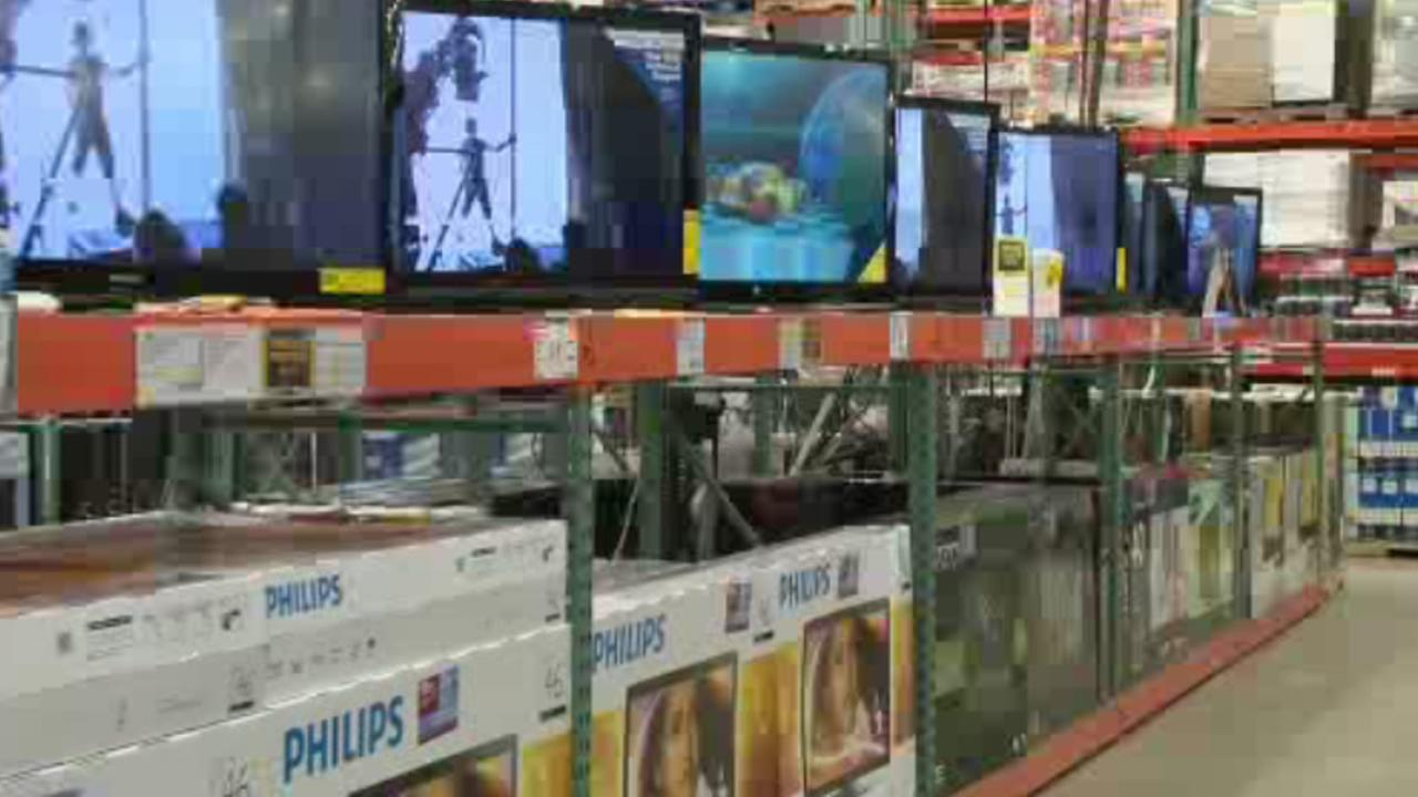 This time of year is the biggest season for buying electronics. Consumer Reports knows where to shop for the best selection and service and how to get the best prices.