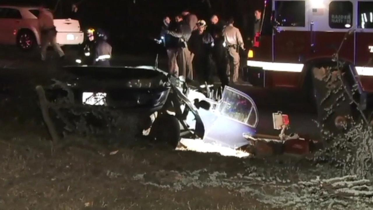 Fatal accident scene near I-580 in Oakland, Friday, November 27, 2015.