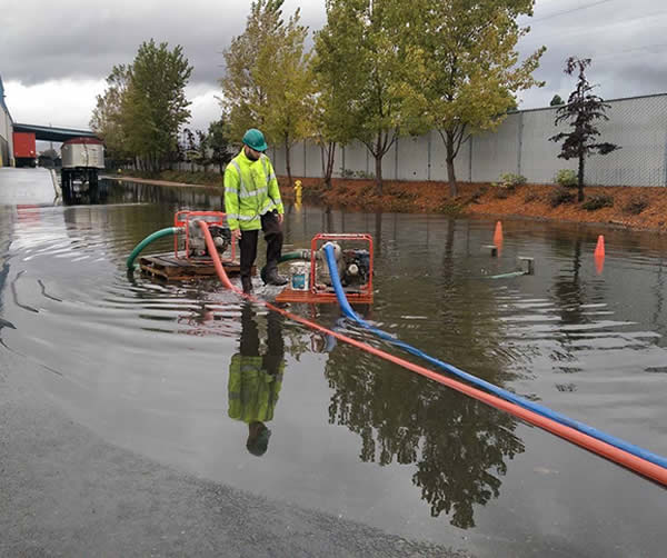 "<div class=""meta image-caption""><div class=""origin-logo origin-image none""><span>none</span></div><span class=""caption-text"">In this image, flooding is seen at the Fremont Recycling and Transfer Station on Monday, November 2, 2015. (Photo submitted to KGO-TV by @ladyraiderette/Instagram)</span></div>"