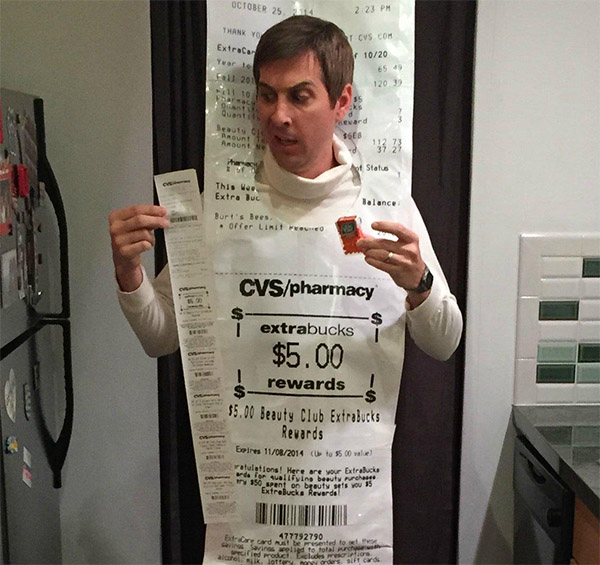 man pokes fun at ridiculously long cvs receipts with