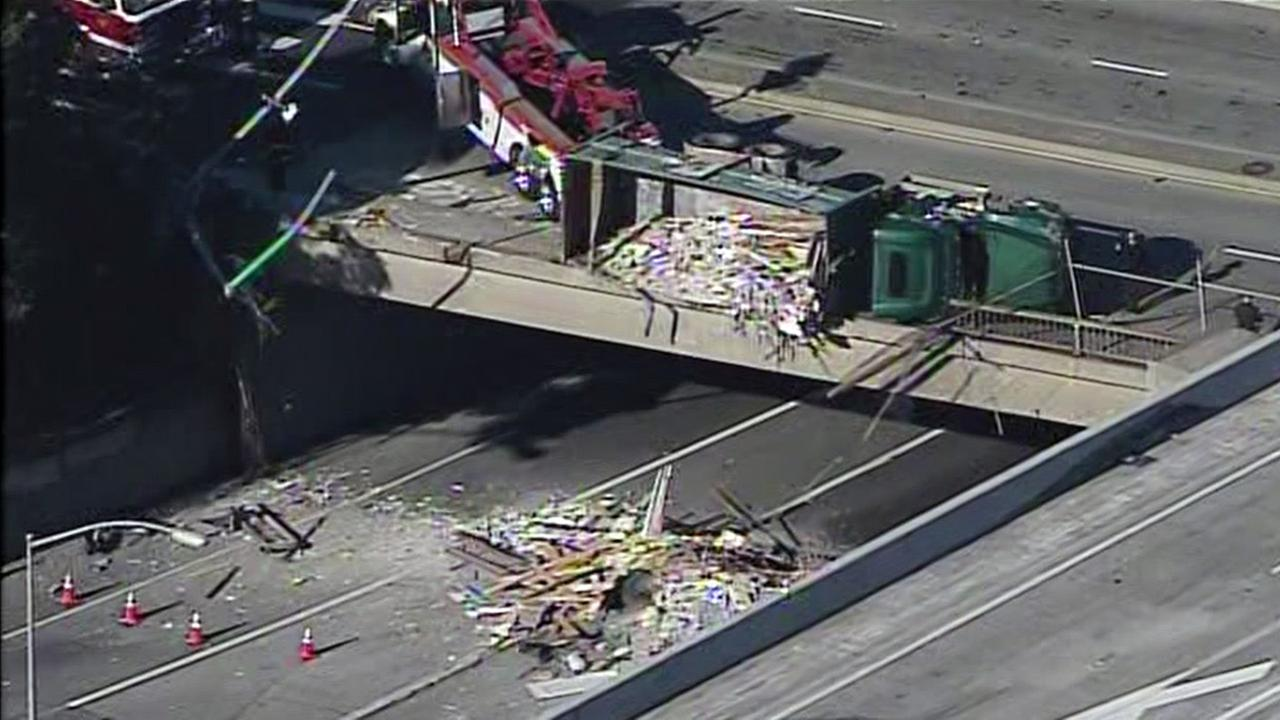 Dump truck accident blocks all southbound lanes of Hwy 101 in San Francisco, Tuesday, December 1, 2015.