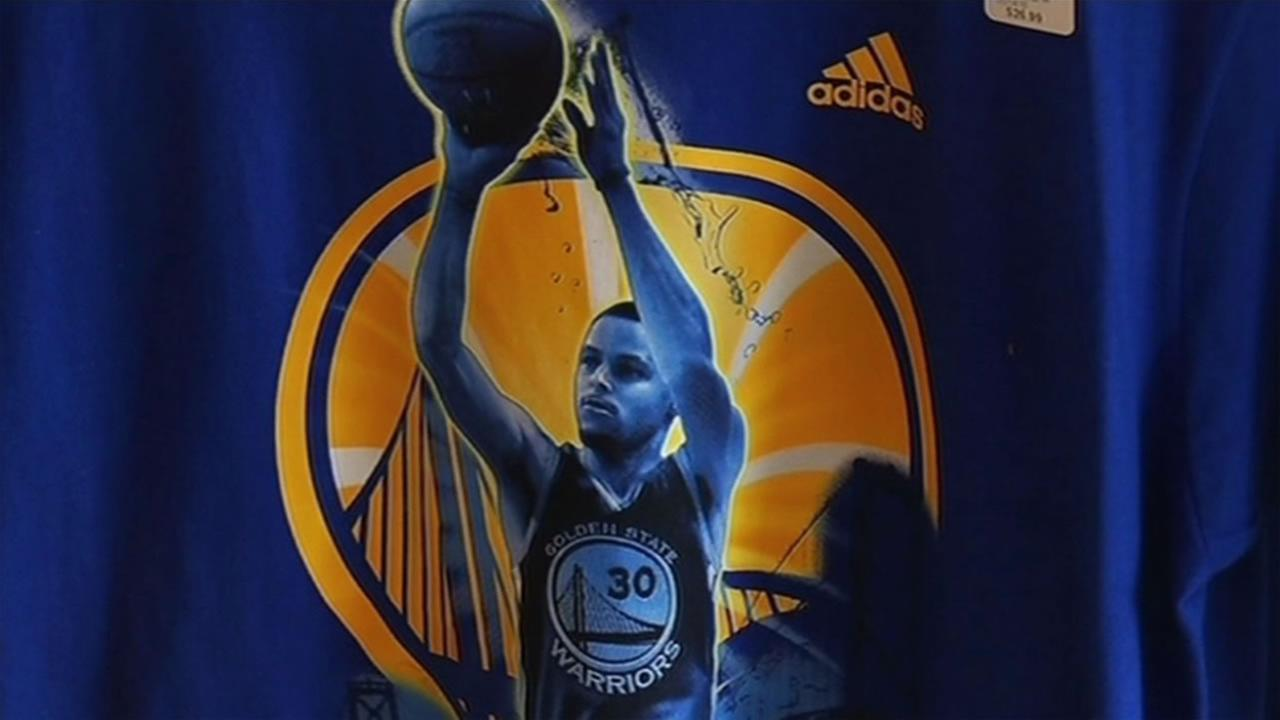 Steph Curry jersey (FILE)