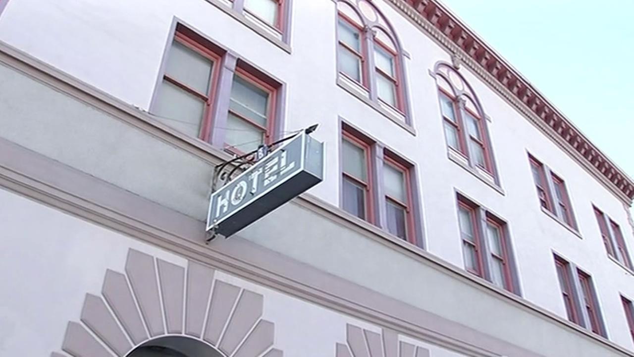 Burlingame Hotel sign