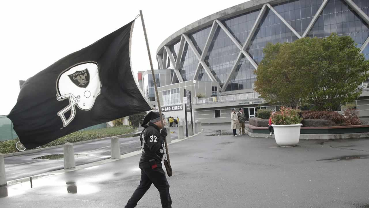 Raiders Expected To Formally Ask Nfl To Relocate To Los