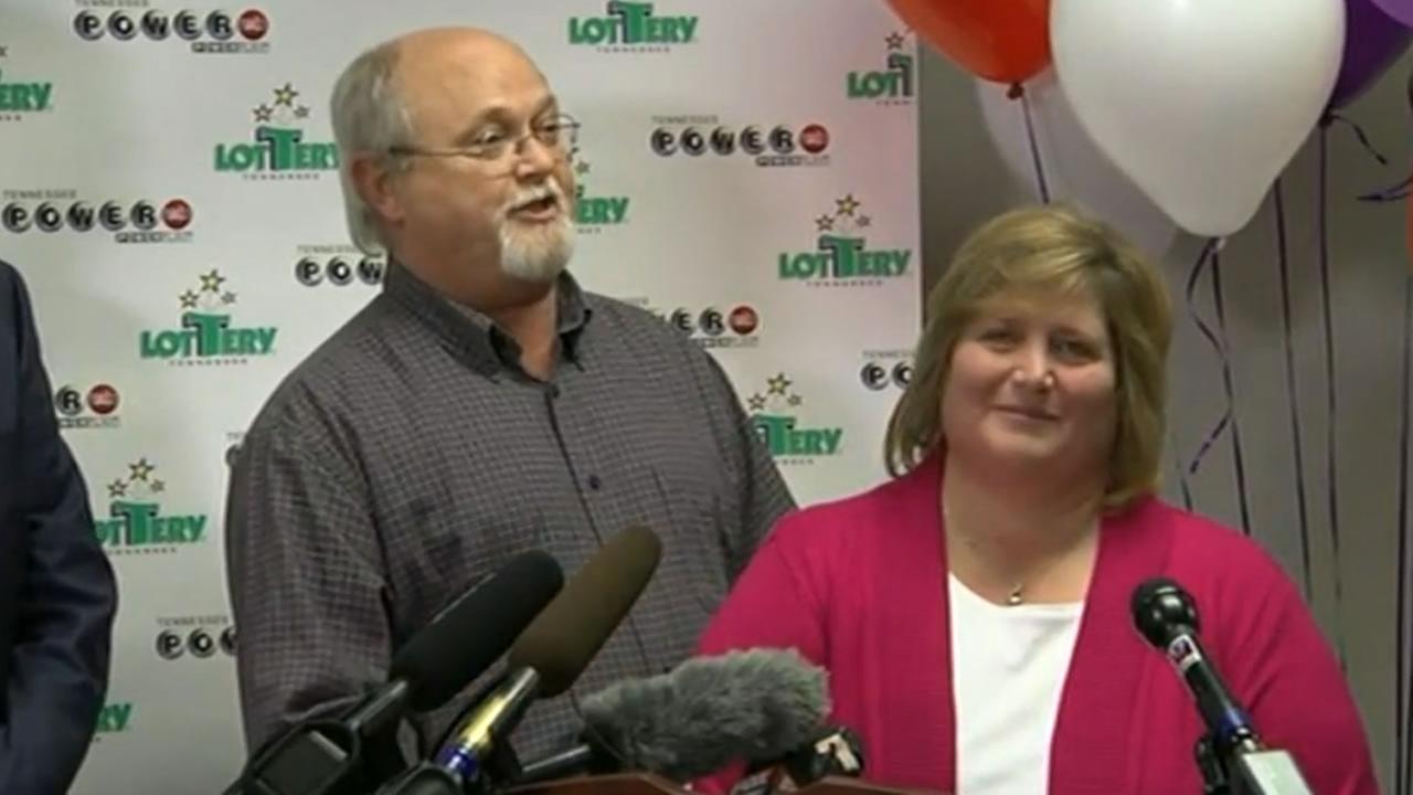 John and Lisa Robinson, who won one of the three winning Powerball tickets for the $1.6 billion jackpot, talk to the media on Friday, January 15, 2016 in Nashville, Tenn.