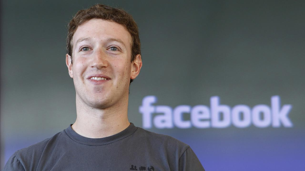 In this Nov. 15, 2010 file photo shows Facebook CEO Mark Zuckerberg smiling at an announcement in San Francisco. (AP Photo/Paul Sakuma, file)