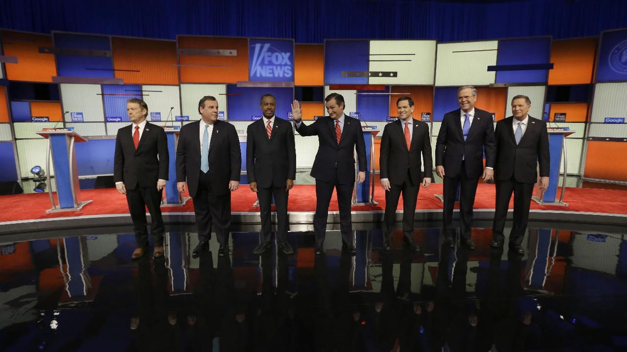 Presidential candidates Rand Paul, Chris Christie, Ted Cruz, Marco Rubio, Jeb Bush and John Kasich appear before a Republican presidential primary debate, Thursday, Jan. 28, 2016.