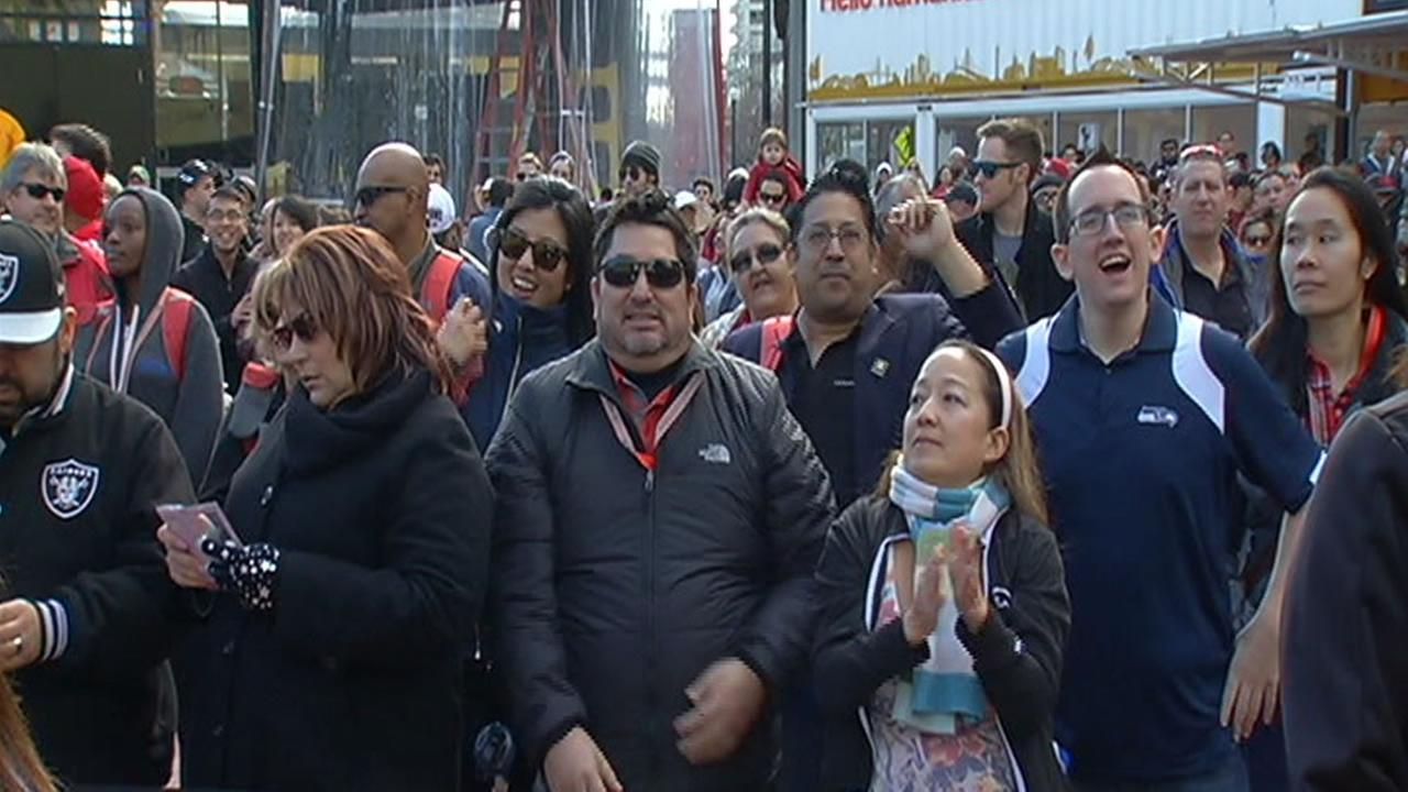 Fans lock to Super City City on opening day in San Francisco Jan. 30, 2016.KGO-TV