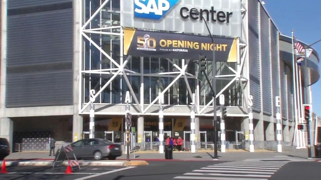 Crews prepare the SAP Center in San Jose, Calif. for Super Bowl 50 Opening Night on Monday, January 1, 2016.