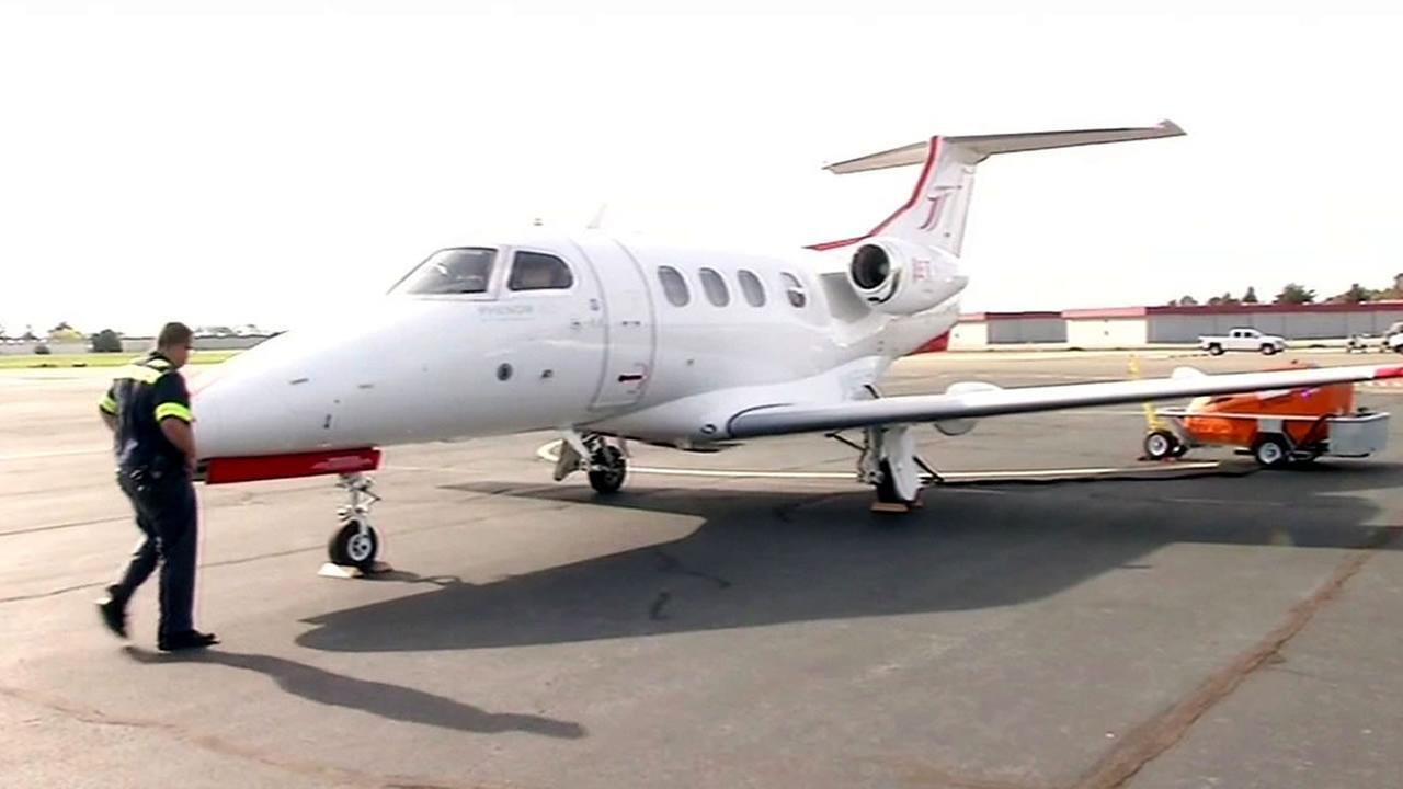 JetSuites Phenom 100 aircraft