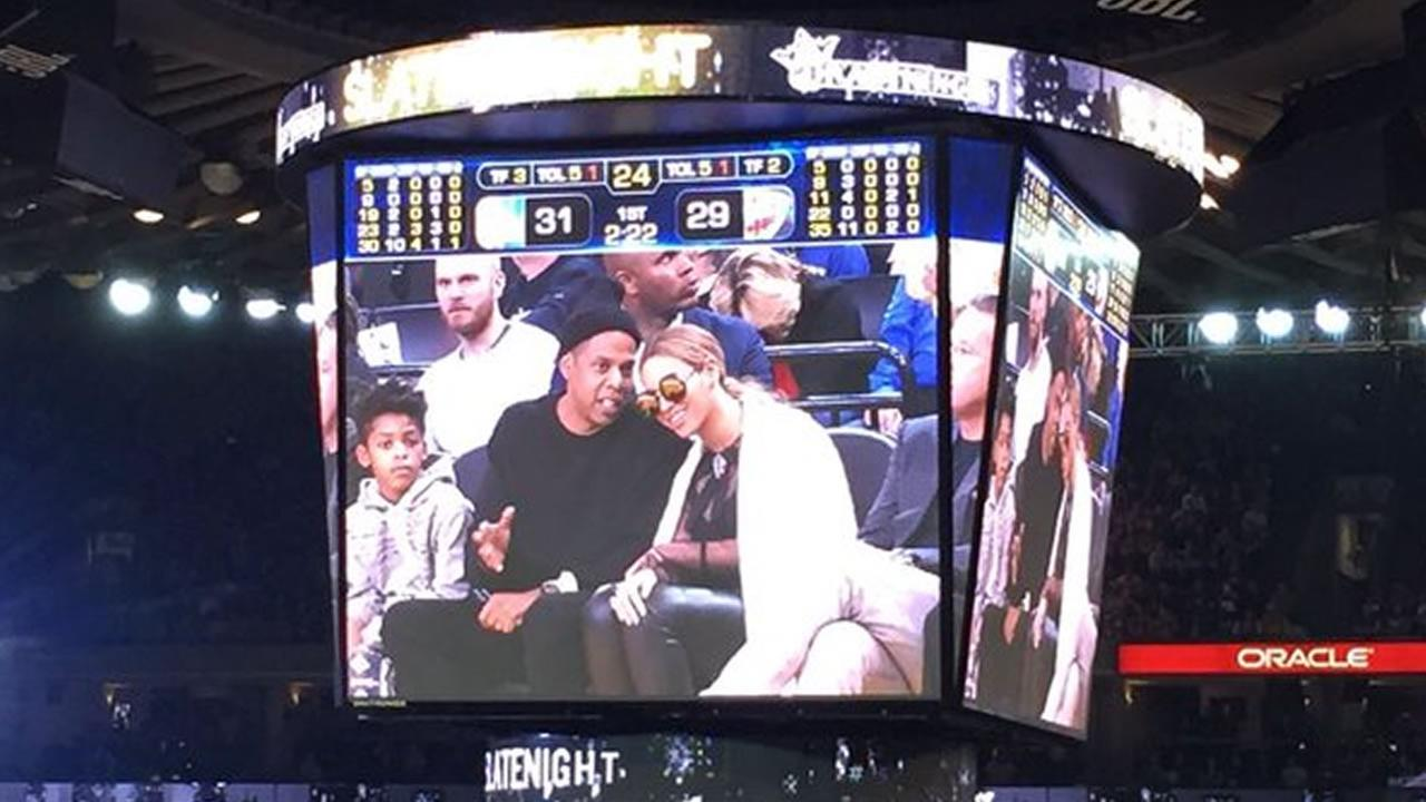 Jay Z and Beyonce are seen at the Warriors game